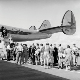 Passengers waiting to Board, 1950s - Bauer